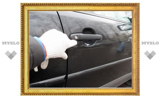 Житель Тульской области надругался над машиной соседки