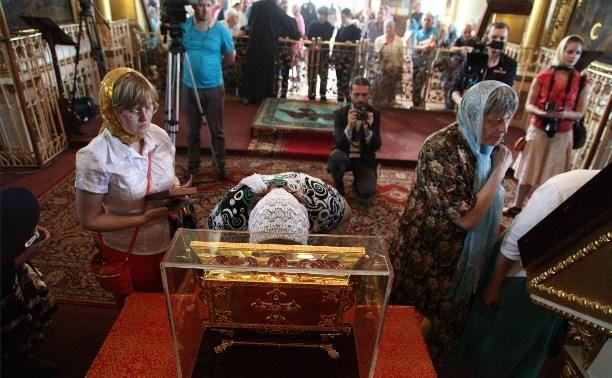В храм поселка Теплое привезут мощи святителя Николая Чудотворца