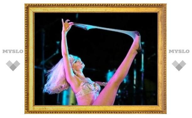 9 февраля: День рождения стриптиза