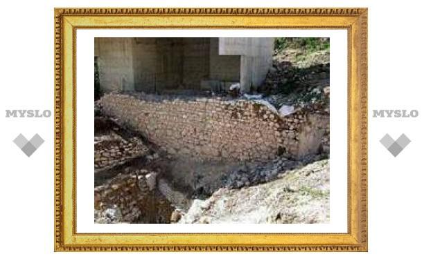 В Иерусалиме обнаружена стена библейских времен
