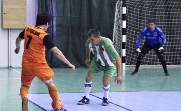 В Туле прошли матчи 2 тура чемпионата любителей по мини-футболу