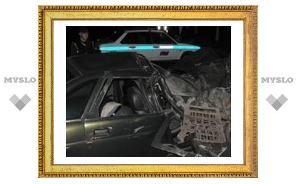 В аварии в Туле погибли 2 человека