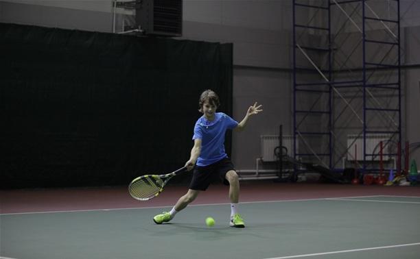 Юный тульский теннисист вышел в финал регионального первенства