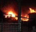 Ночью 11 декабря в Тульской области сгорели частный дом и бытовка