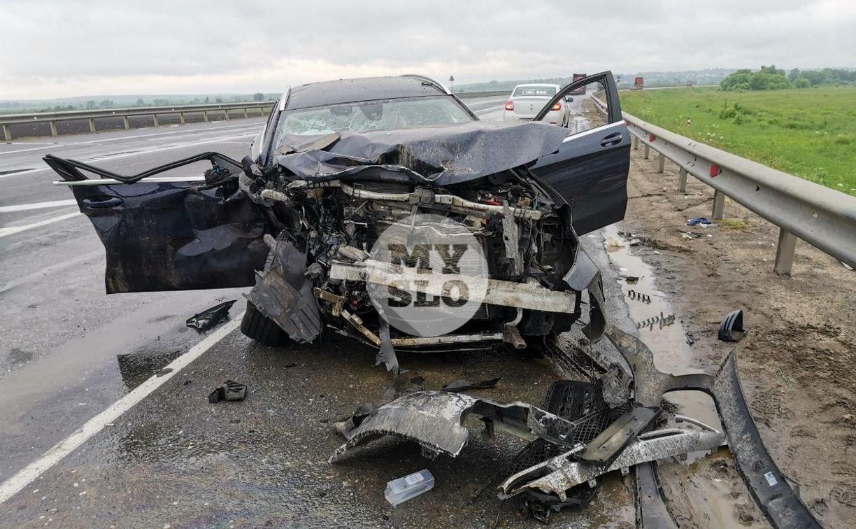 В серьезном ДТП на М-2 в Туле пострадали три человека