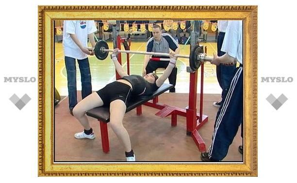 Евгения Васильева из Алексина - самая сильная женщина региона