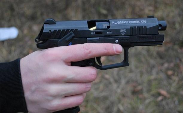 В Тульской области ищут преступника, ранившего полицейского