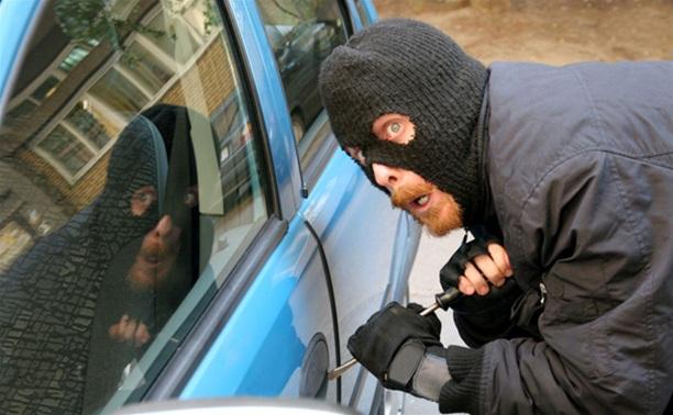 В Ясногорске задержан автомобильный вор