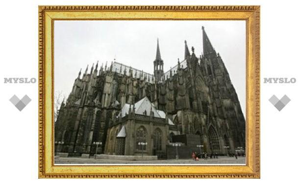 Кёльнский собор стал ниже на 20 сантиметров