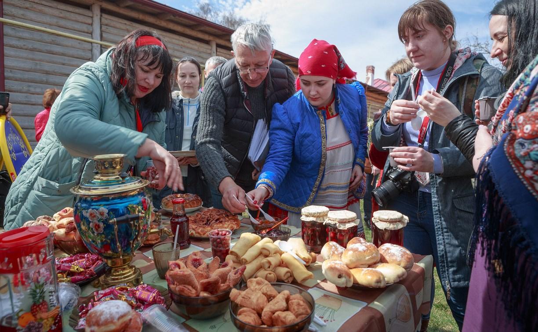 В Епифани прошел вишневый фестиваль «Сад-Палисад»