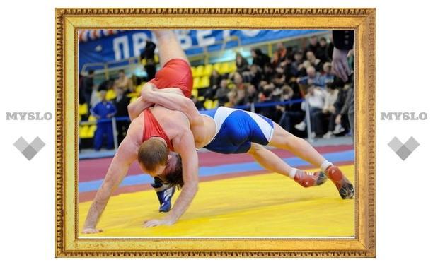 Борец из Донского завоевал серебряную медаль