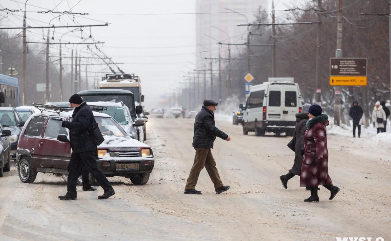 Туляк пожаловался на проехавший мимо автобус, неубранный снег и неудобные остановки