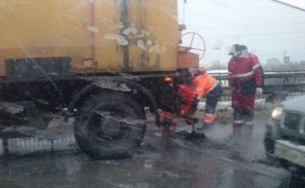 В Туле начали аварийно-восстановительный ремонт дорог