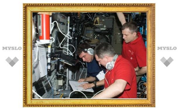 "Экипаж МКС задержится на орбите из-за аварии ""Прогресса"""
