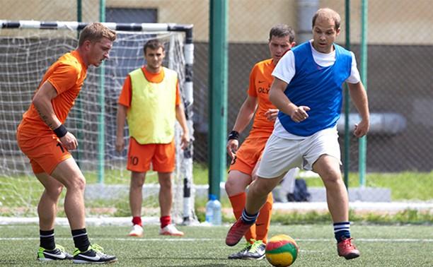 Тульские любители футбола сделали очередной шаг к заветным кубкам