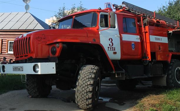 В Тульской области из-за неосторожного обращения с огнем выгорел частный дом