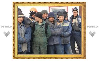 Путин разрешил таджикским мигрантам работать в России три года