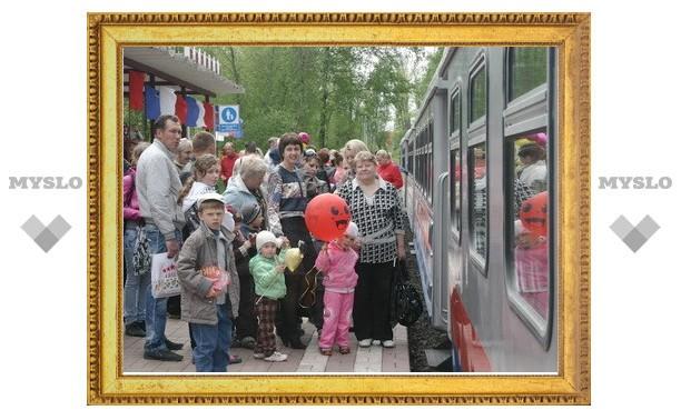 Детская железная дорога Новомосковска открыла новый сезон