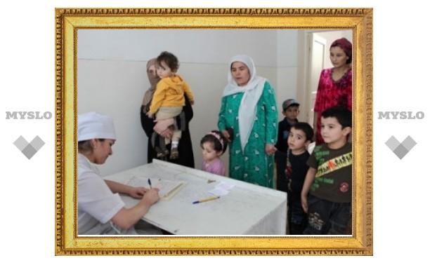Из-за подозрения на полиомиелит в Москве задержали 150 таджикских детей