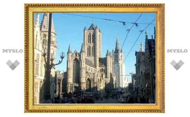 Бельгийская церковь заплатит пострадавшим от священников-педофилов