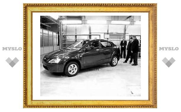 """""""АвтоВАЗ"""" представил новый автомобиль С-класса"""