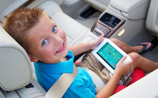 Минобрнауки разработает мобильную игру для обучения детей безопасному поведению на дорогах
