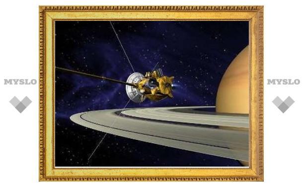 """Наблюдение зонда """"Кассини"""" за Титаном сорвалось из-за поломки"""