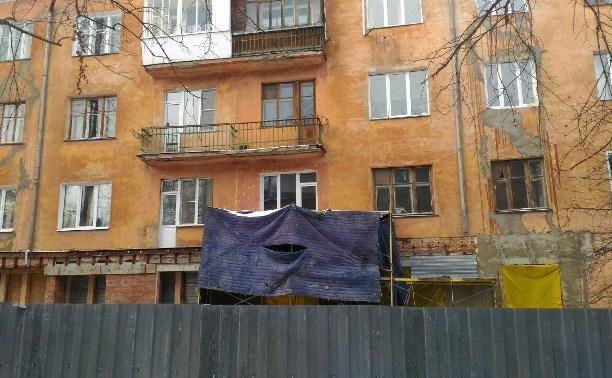 Задерживающую ремонт тулячку пытались выселить из аварийного дома через суд