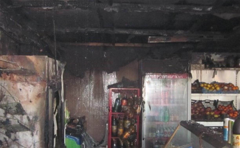 В Донском сгорел продуктовый магазин