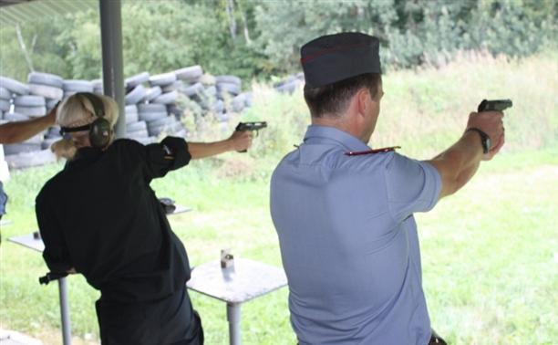 Туляк победил на чемпионате МВД по стрельбе из табельного оружия