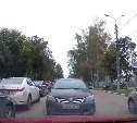 Туляки не в курсе одностороннего движения на улице Сойфера: видео