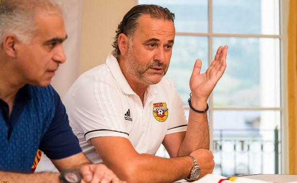 Футболистам «Арсенала» представили нового тренера