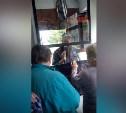 В Туле очевидцев нападения на полицейского ищут в общественном транспорте
