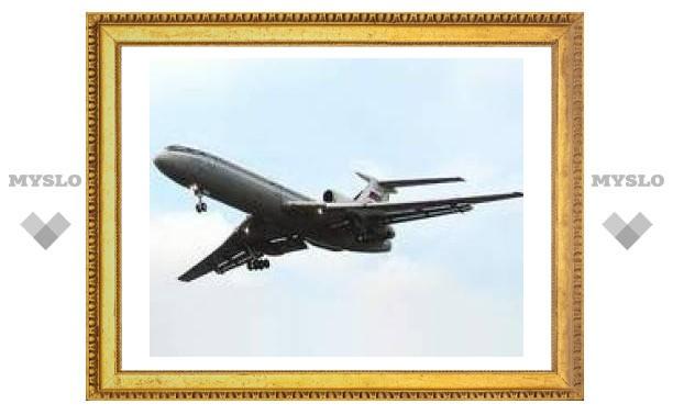 На аэродроме Уфы за пределы полосы выкатился Ту-154