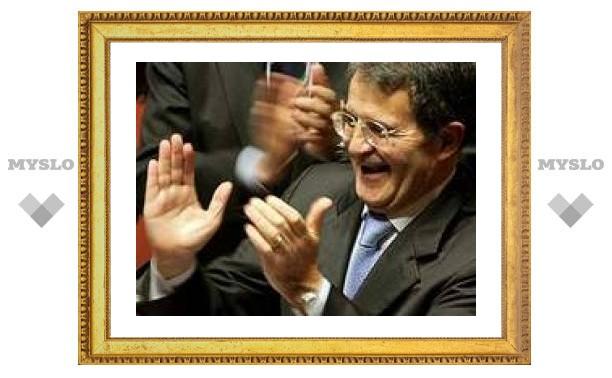 Итальянские депутаты попросили Проди остаться