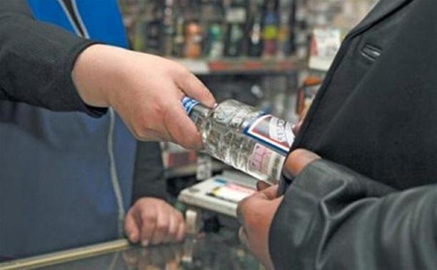 Продавщица выплатит 100 тысяч рублей за ложный донос на полицейского