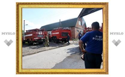 На Орловском шоссе пожар