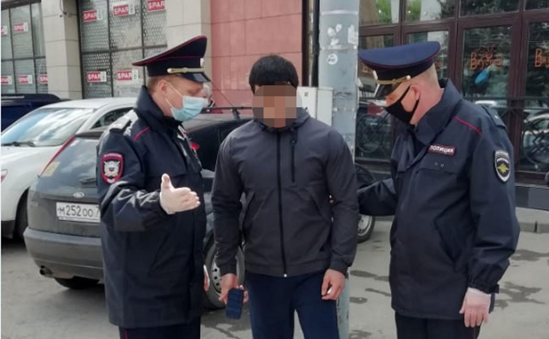 В Туле полиция задержала мужчину за агрессию в ответ на просьбу надеть маску
