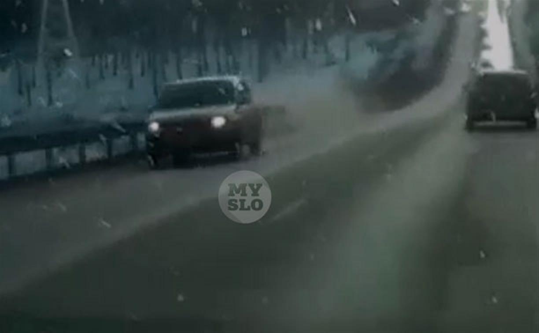 На Щекинском шоссе в Туле произошло странное ДТП