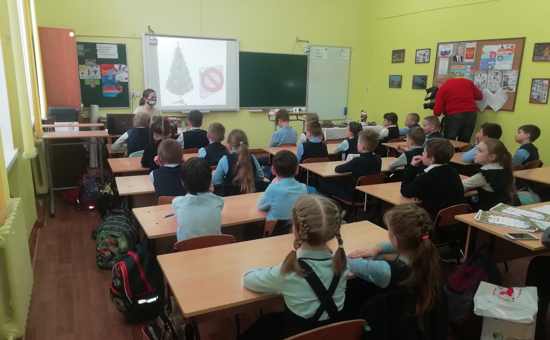 Компания «Полипласт Новомосковск» провела новогодний экоурок для школьников