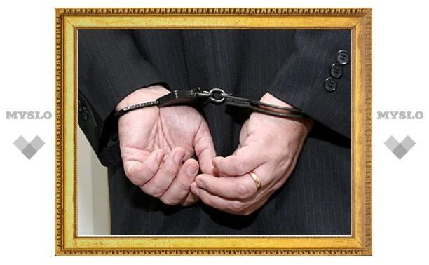 За педофилию и секс-оргии задержан ректор Киевской госакадемии водного транспорта