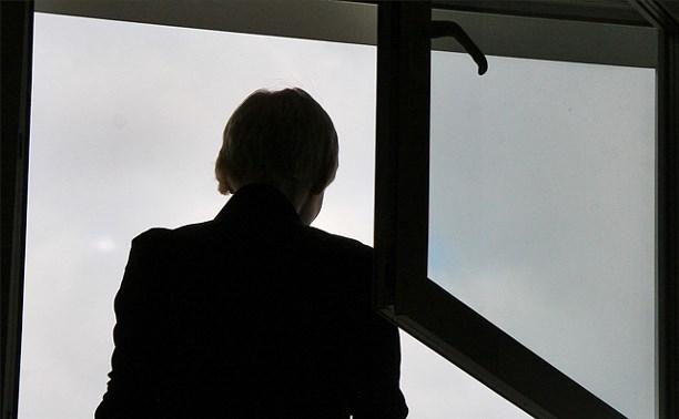 В Криволучье мужчина погиб, упав с шестнадцатого этажа