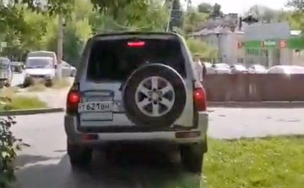 Тульская полиция ищет «тротуарного» автохама