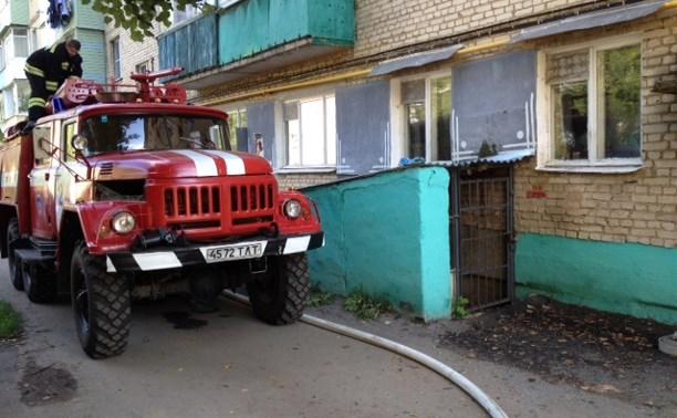 В Плавске пожарные спасли из горящего дома пятерых человек