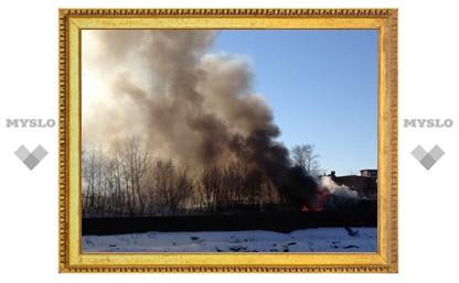 Пожарных не пускают на территорию оружейного завода