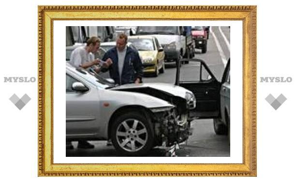 В Туле произошло три аварии