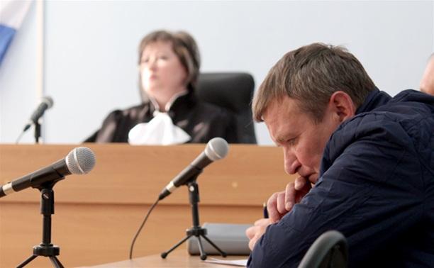 В Кимовске судят пенсионера, который убил соседа, пристававшего к его внучкам