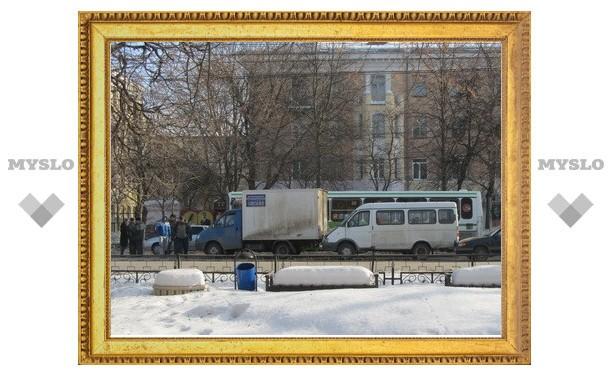 Движение троллейбусов парализовано