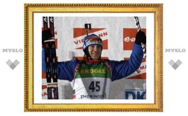 Спринтерскую гонку у биатлонистов выиграл Чудов