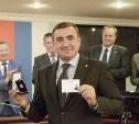 Алексей Дюмин получил знак и удостоверение губернатора Тульской области